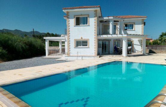 KAR080 – £119,950 – three bedroom villa with pool in Karsiyaka UNDER OFFER!