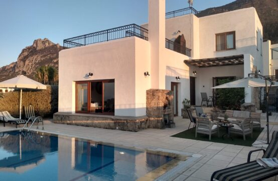 KRM004 – £184,950- 3 bedroom luxury villa with private pool